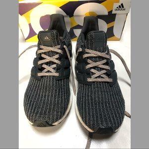 Adidas UltraBoost 4.0 GREY FIVE/CARBON/ASH PEARL
